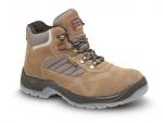 BEŽNE SKLADOM! Pracovná bezpečnostná členková obuv s oceľovou špicou LISABON S1 z brúsenej hovädzej kože. Oleju vzdorná, antistatická a protišmyková podošva. Norma: EN ISO 20345:2012. Veľ.: 36-48