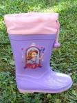 BEŽNE SKLADOM! Cenovo, kvalitatívne a výzorovo  bezkonkurenčná detská obuv do dažďa, ktorú si deti užijú po celý rok.