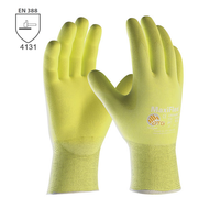 Pracovné rukavice ATG MaxiFlex ULTIMATE reflexné máčané v nitrilovej pene